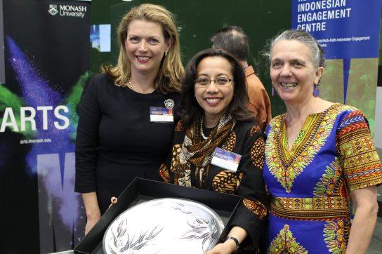 L-R: Professor Sharon Pickering, Ibu Spica Tutuhatunewa, Annie Feith