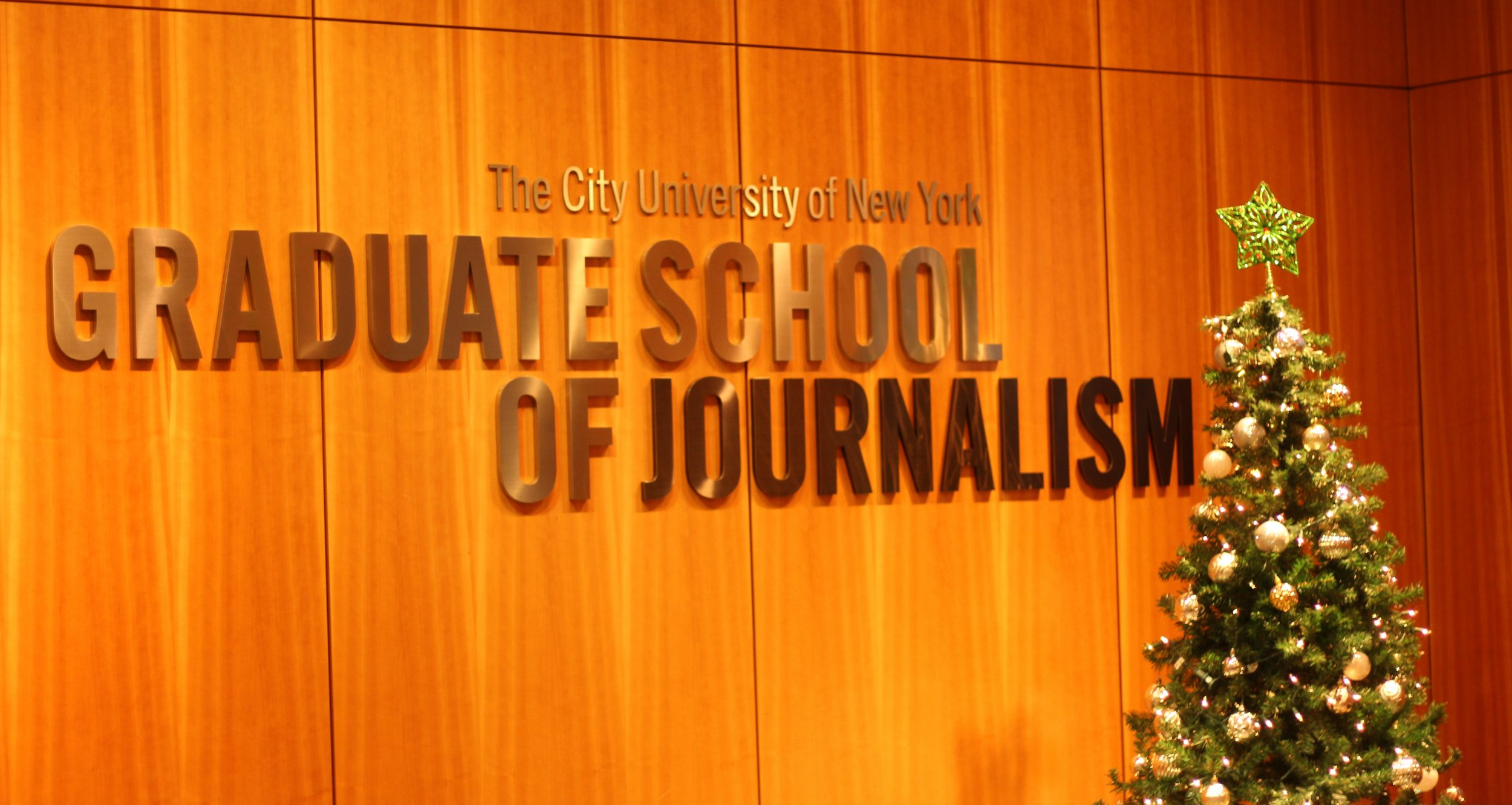 The students enjoyed a fascinating visit to the Graduate School of Journalism at The City University of New York (CUNY).
